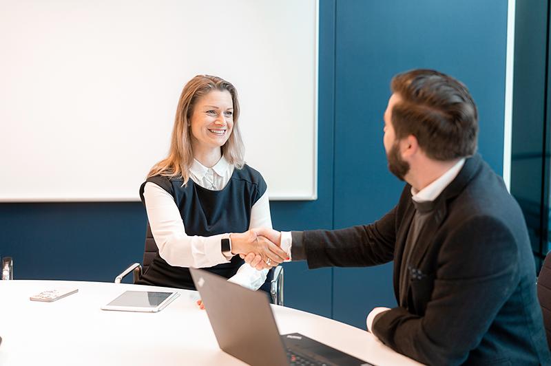 Økonomiservices: Hvornår vælger du Outsourcing, Interim assistance, rekruttering eller rådgivning?
