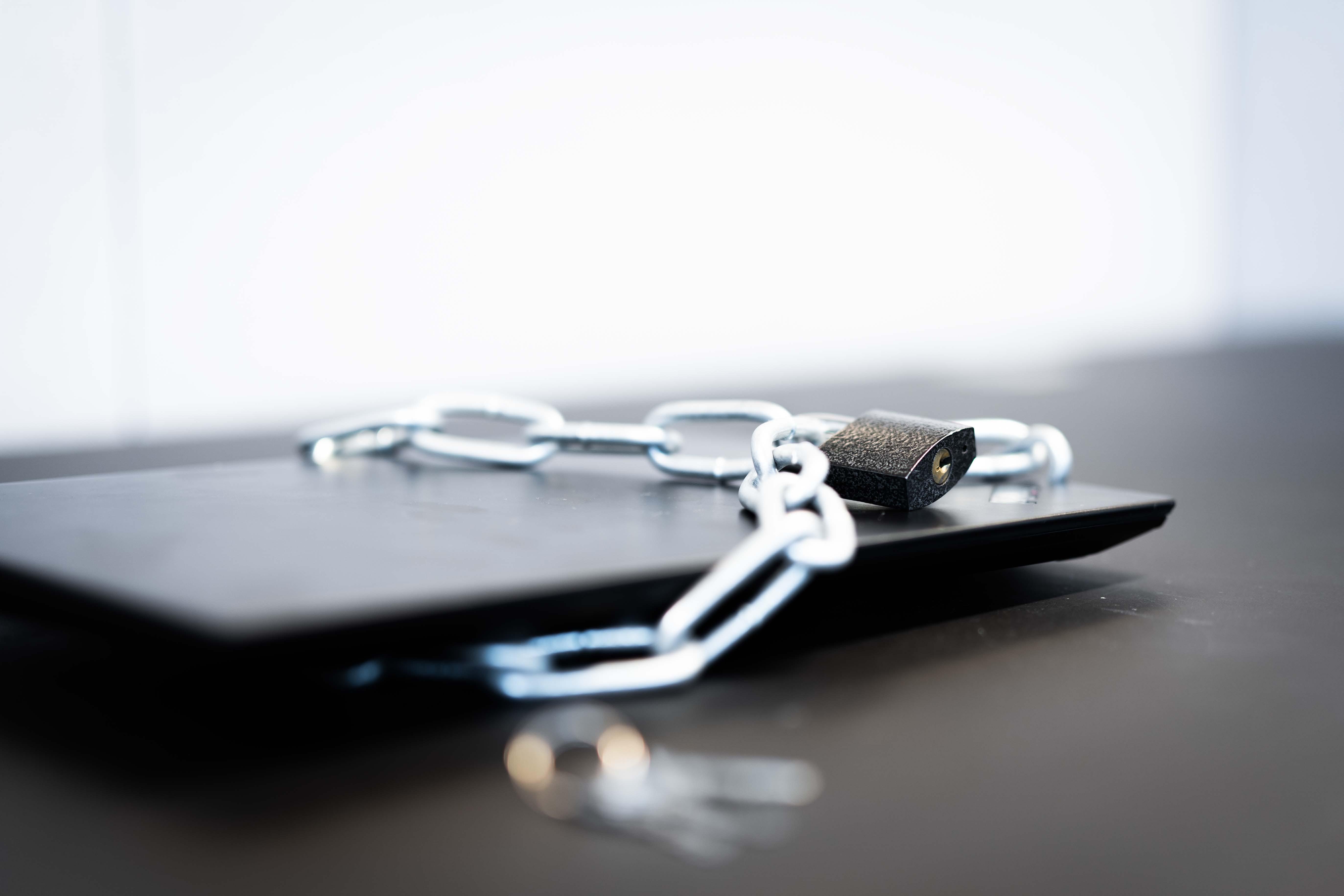 Hackere satser på at bedrifter tar lett på IT-sikkerheten